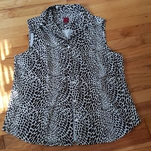 212 Collection Button Front Sleeveless Blouse NWOT